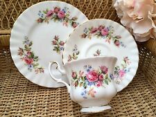 Royal ALBERT BONE CHINA TRIO TAZZA PIATTINO PIATTO Set Moss Rose Rosa Floreale Montrose