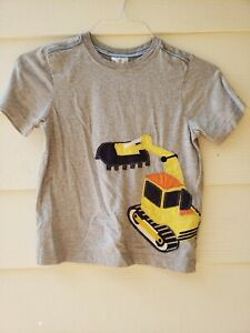 Hanna Andersson Boys Short Sleeve Construction Vehicle Applique T-shirt 130 (8)