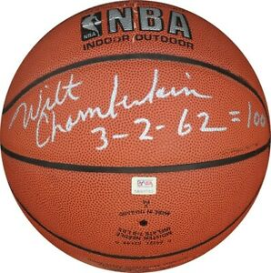 Extraordinary Wilt Chamberlain 100 Point Game 3/2/1962 Signed Basketball PSA DNA