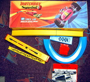 Matchbox Superfast Rennbahn Track 500 Booster Spreed Circuit komplett neuwertig