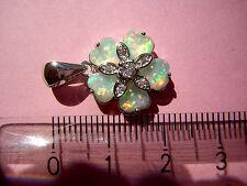 Opal Anhänger funkelnder Feueropal in 925 Sterling Silber in Form einer Blume