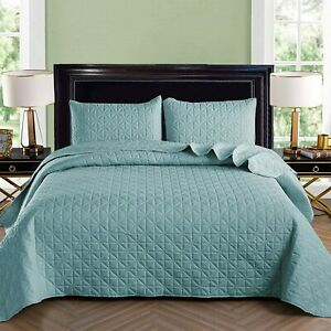 Exclusivo Mezcla 3-Piece Queen Size Quilt Set with Pillow Shams, Grid Quilted Be