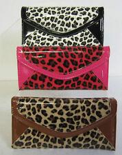 Portafogli e borsellini da donna rosa con organizer