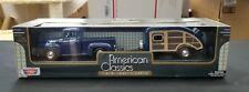 1/24 1956 Ford F100 Pickup and Pull Behind Camper Trailer Motor Max Die Cast