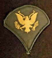 United States Army E-4 Specialist SPC Enlisted Rank Insignia Patch Good Conditio