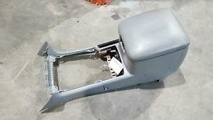TOYOTA LANDCRUISER CONSOLE 100 SERIES, AUTO T/M TYPE, 01/98-10/07 GREY FRONT AND
