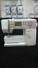 Bernina Aurora 440 QE Computerized Sewing Machine in Great Condition