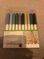 Cricut Fine Point Pens - 30 in pack
