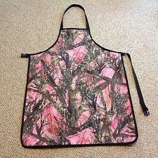 CAMOUFLAGE PINK Repels water Aprons