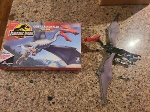 "1993 Kenner Jurassic Park QUETZALCOATLUS ""FIRE BEAK "" Mint loose with box/ acc*"