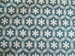 Stof Duo - 100% Cotton Quilting Fabric  Remnant - Green - 2.8mt