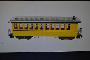 Bachmann 26205 Coach-Observation - RTR - Spectrum -- Bumble Bee - On30 - Sealed