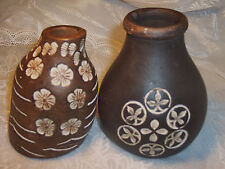 Two bended ceramic vases - great decor!