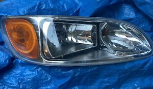 peterbilt headlight P54 6010 RH