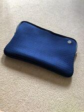 GOJI PADDED LAPTOP CASE - BLUE - 17 INCH