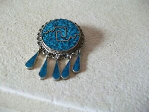 VINTAGE LOVELY QUALITY MEXICAN SILVER AND TURQUOISE PENDANT/BROOCH