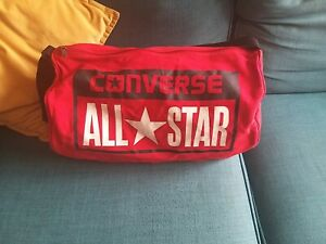 CONVERSE ALL STAR LARGE RED DUFFLE / GYM BAG 20 INCHES USED ONCE EXCELLENT