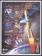 Espacio: Guyana 2000 Expo 2000-espacio satélites Hojas de Sellos (3) SG 5843-60 estampillada sin montar o nunca montada