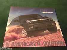 MINT CHEVROLET 2006 CHEVY AVALANCHE Z71 LTORIGINAL SALES BROCHURE NEW (BOX 352)