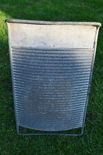 * Altes Metall Waschbrett  , Wash Board , um 1945* (32-19)
