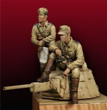 1/35 Resin WWII Italian Tank Crew 2 Soldiers unpainted unassembled 3499
