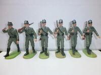 Konvolut 6 alte Elastolin Kunststoff Soldaten 7.5cm Polizei Marschzug Offizier