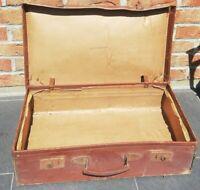 Ancienne valise vintage décoration début XXème siècle, import d'Angleterre