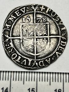 1578 Elizabeth 1st Hammered Silver Sixpence, mm Greek Cross, Spink 2572 (C538)
