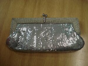 Frank Usher Silver Chainmail & Beaded Clutch Bag / Removable Shoulder Chain ~NEW