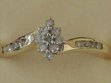 BEAUTIFUL NEW 9 CT GOLD CLUSTER DIAMOND RING R12208A