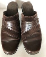 Clarks Bendables Womens Brown Slides Mules Clogs Size 9M Suede Leather