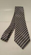 DONALD TRUMP President Signature Collection 100% Silk Necktie Gray white stripe
