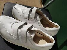 NEW Mt. Emey women's Adjustable Strap Diabetic Shoes - Style 8936 - Size 9D