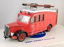 """Tek-Hoby Miniature 1:50 Saurer 3CT1D Fourgon """"Feuerwehr Basel"""" - TH5321"""