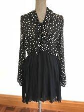 Dotti 10 black & white love heart long sheer sleeve pleat mini dress