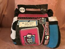 """NWT NO SEW MONSTER HIGH PINK BLACK FLEECE THROW KIT 60"""" X 48"""" AGES 5+"""