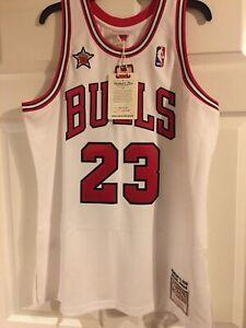 Authentic Michael Jordan Mitchell Ness 1997-98 Finals Chicago Bulls Jersey