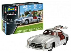 Revell of Germany 07657 1:12 Mercedes Benz 300SL Sports Car Plastic Model Kit