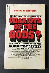 Erich Von Daniken CHARIOTS of the GODS? Unsolved Mysteries of the Past Photos pb