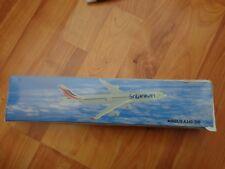 1:200 SRI LANKAN AIRLINES AIRBUS A340-300 PLASTIC AIRCRAFT PUSH FIT DESK PLANE