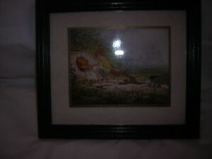 WINNIE THE POOH FRAMED PICTURE 19 CM X 17 CM
