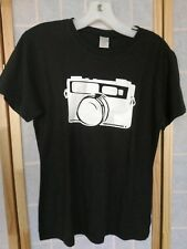 hemp & organic cotton t-shirt womens M camera tee black short sleeve photography