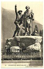CPA 74 Haute-Savoie Chamonix Mont-Blanc Monument de Saussure et Guide Balmat