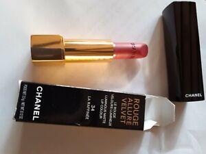 Chanel Rouge Allure Velvet Lipstick 34 La Raffinee New