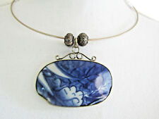 White China Pendant & Silver Beads Handmade Wire Collarbone Necklace with Blue &