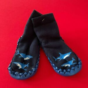 """HANNA ANDERSSON Baby Boys  """"SHARK""""  Moccasins Slippers. 5/7, 1-3 years. So Comfy"""
