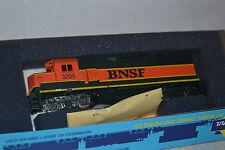 Athearn 4587  BNSF GP50 Phase II Power locomotive Ho Scale kit
