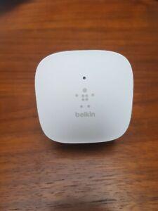 Belkin N300 Wall Plug Mounted Universal Wi-Fi Range Extender Signal Booster