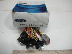 NOS Genuine Ford 1972 Lincoln Continental Town Car Power Seat Switches - 3 in 1