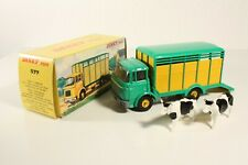 DINKY TOYS 577, betaillere berliet avec 2 vaches, Comme neuf in box #ab2281